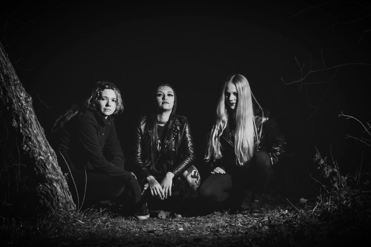 "Nervosa Premiere New Music Video For Track ""Hostages"""