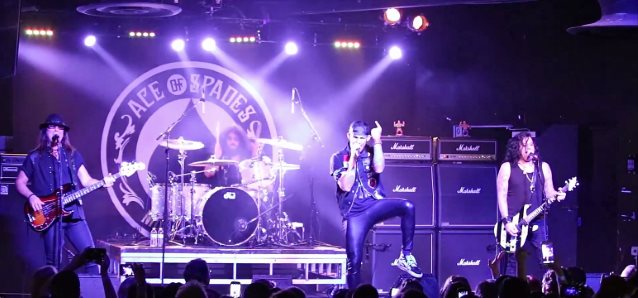 QUIET RIOT: Video Footage Of Complete Sacramento Concert
