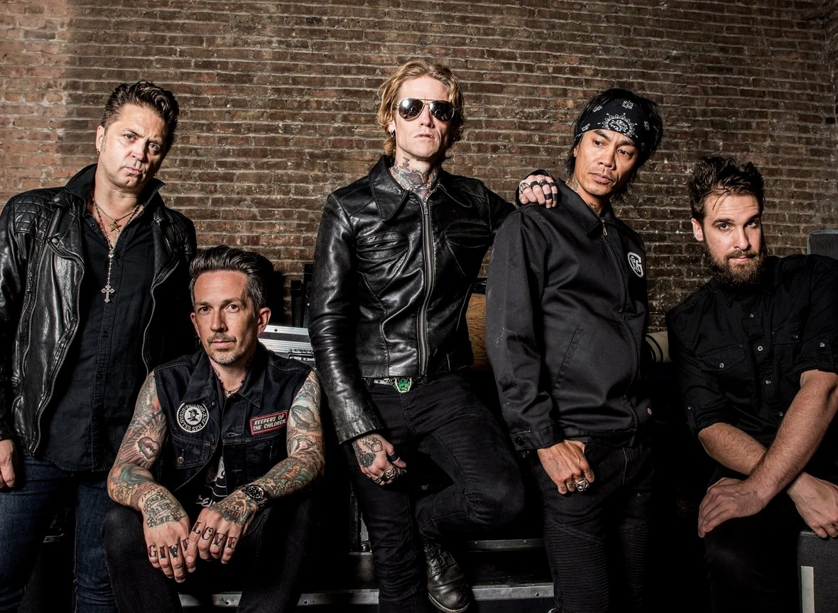 Watch Video Of BUCKCHERRY Live In Sacramento, California