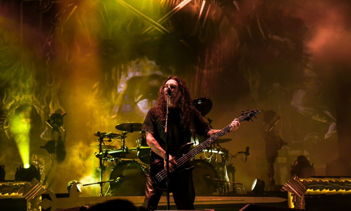 """Multi-Camera Footage Of Slayer Performing """"Hell Awaits"""" In San Jose,California"""
