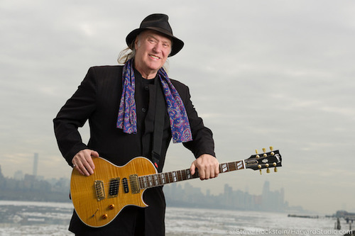 "Dave Davies Of The Kinks Releases New Track ""Same Old Blues"""
