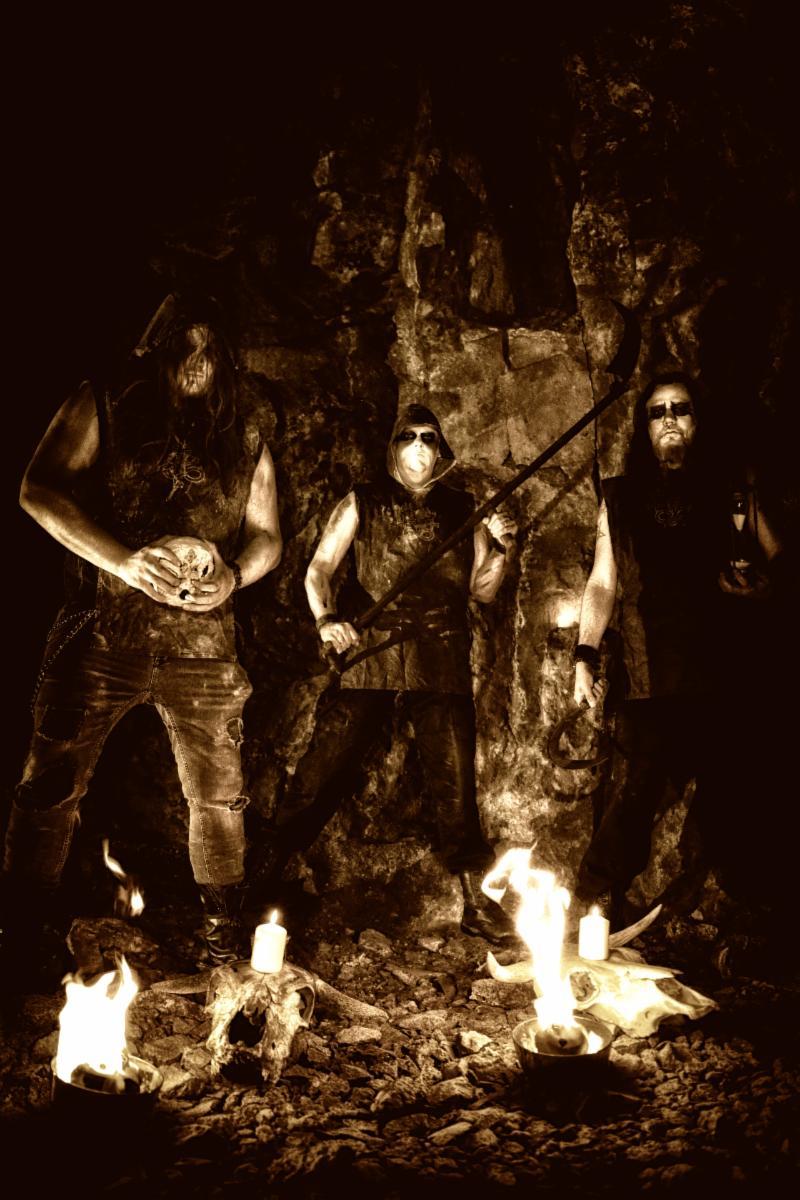 Mors Vincit Omnia From Veteran Black Metal Collective,CRIMSON MOONIs OutNow.
