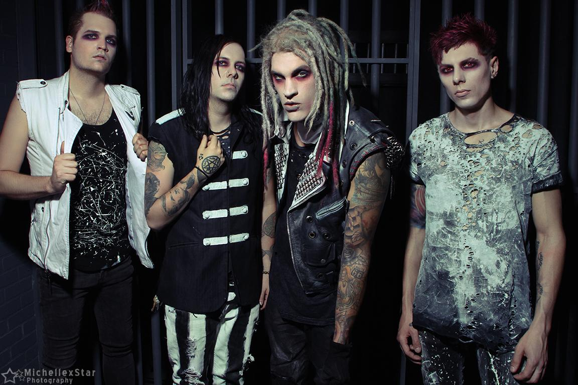 """Davey Suicide Debuts """"Medicate Me"""" Video, The Word Alive's Telle SmithGuests"""