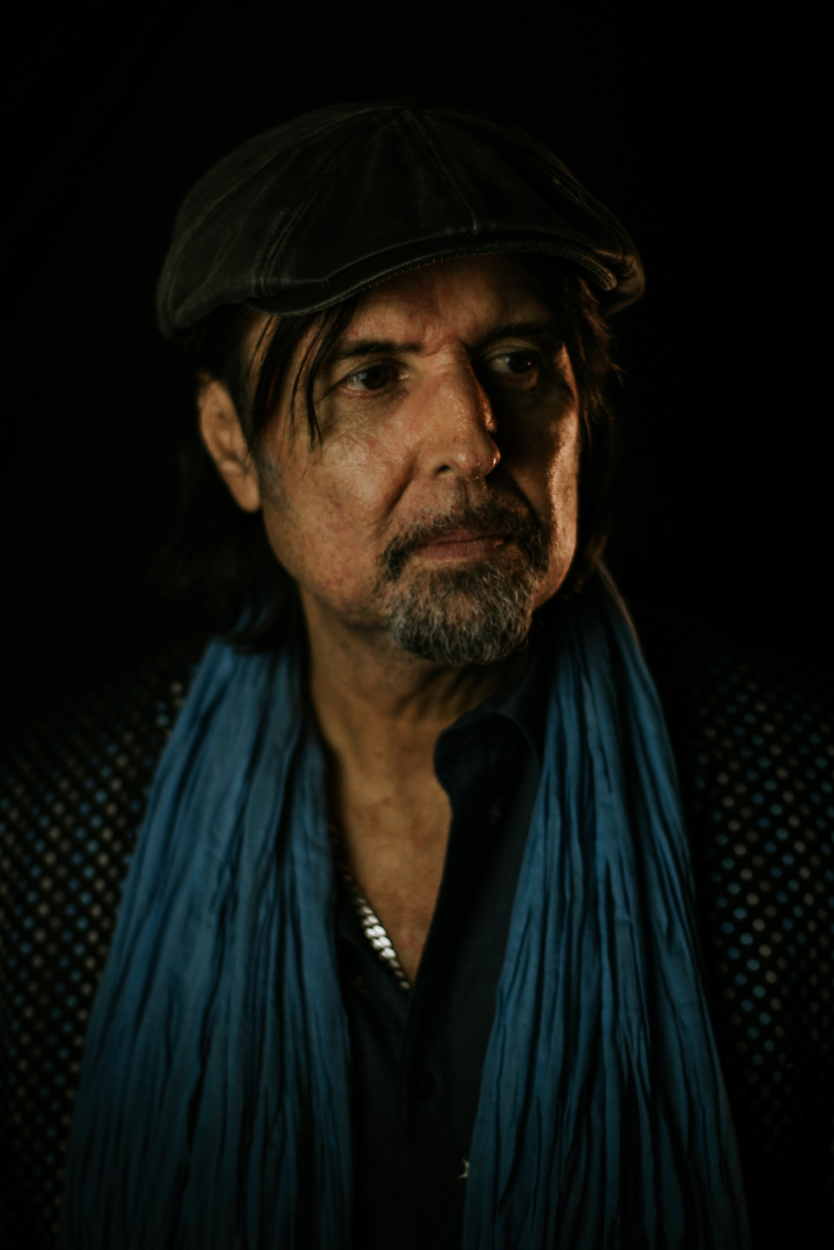 """PHIL CAMPBELL – Talks """"Tears From A Glass Eye"""" And Working With JoeSatriani!"""
